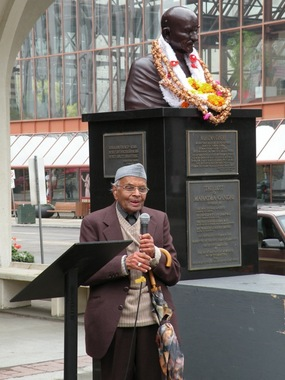 photo of a Speaker at the 2012 Gandhi Garlanding Ceremony